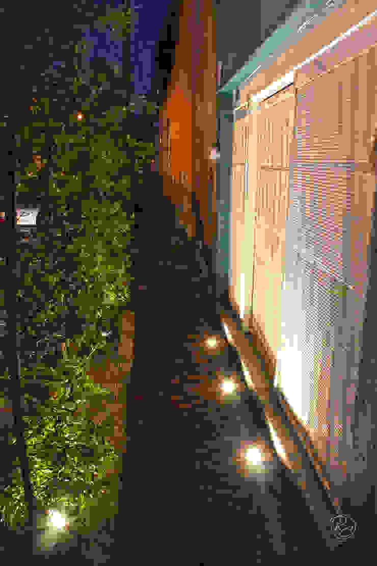 Alfagrama estudio Jardines de estilo moderno