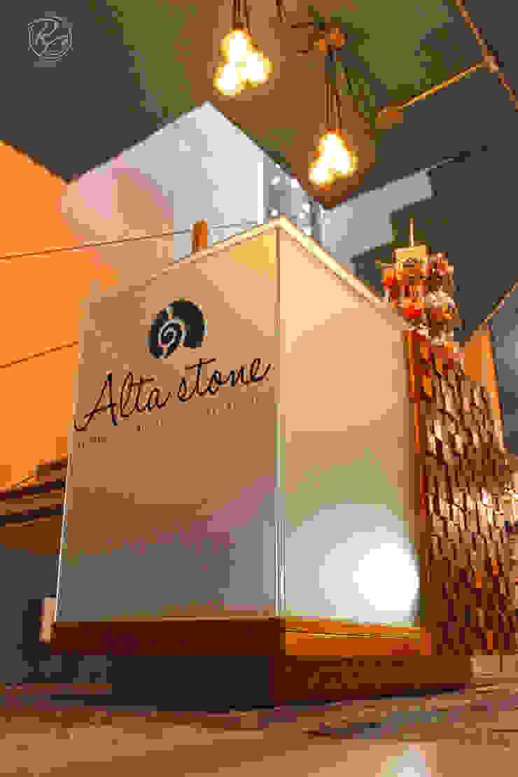 Alta Stone de Alfagrama estudio Moderno