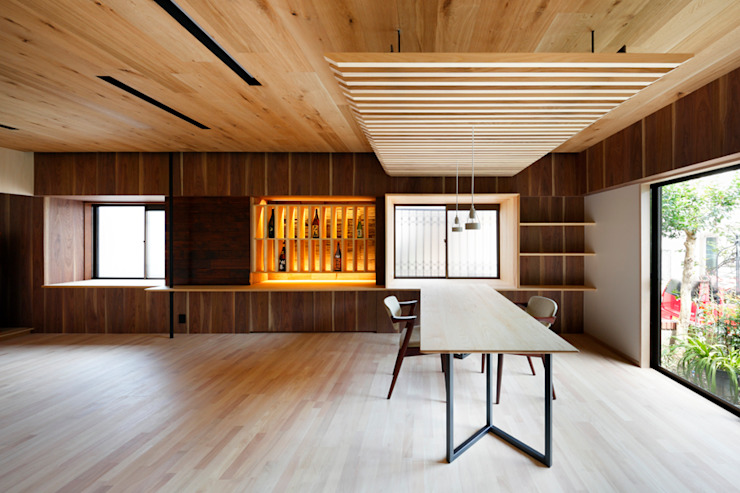 6th studio / 一級建築士事務所 スタジオロク Modern living room Wood Wood effect