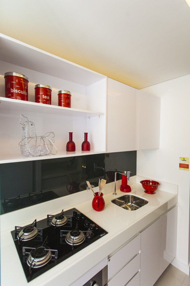 Condominio Laffite por POCHE ARQUITETURA Moderno Cerâmica