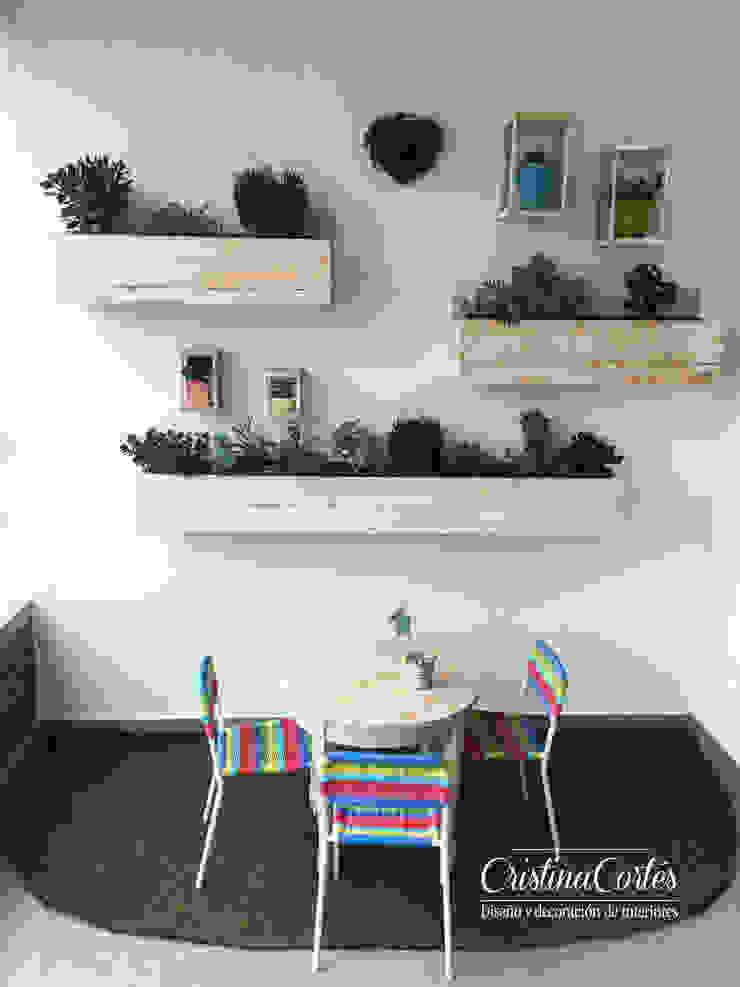 Cristina Cortés Diseño y Decoración Balconies, verandas & terraces Plants & flowers