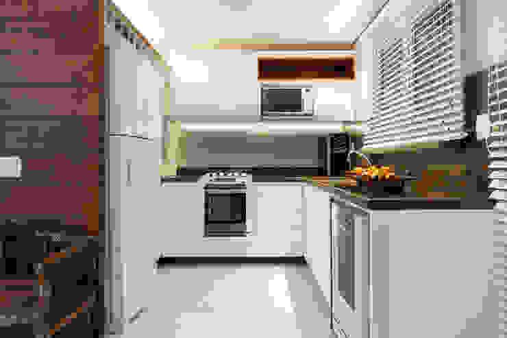 Colonial style kitchen by Craft-Espaço de Arquitetura Colonial MDF