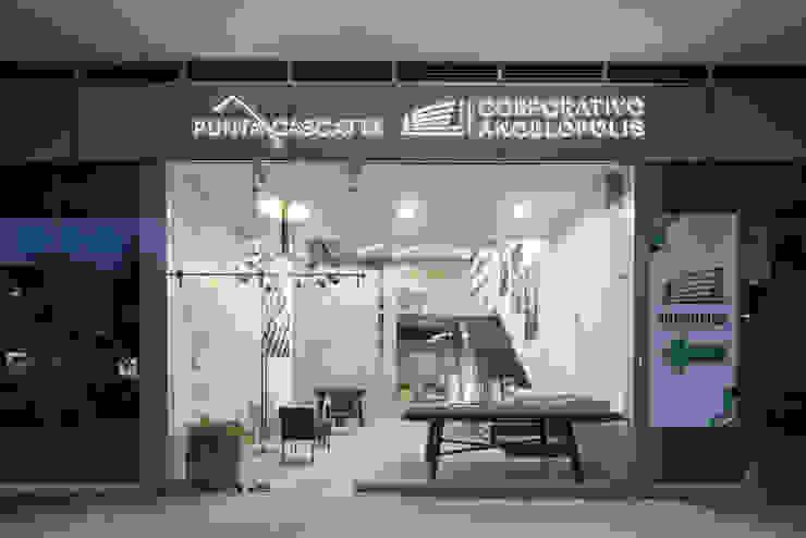 Showroom Punta Cascatta - Fachada de MX Taller de Arquitectura & Diseño Moderno