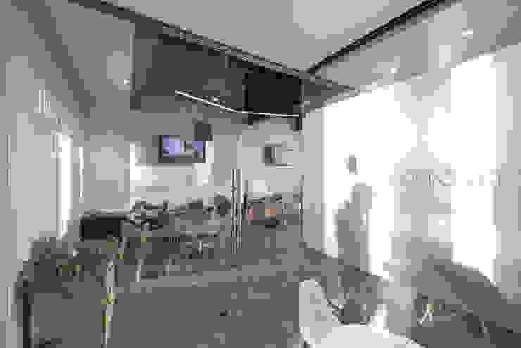Showroom Punta Cascatta de MX Taller de Arquitectura & Diseño Moderno Vidrio