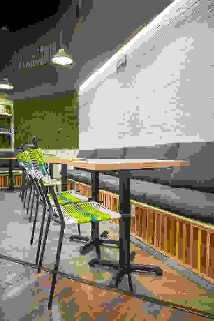 FFF Santa Fé - Interior 03 Gastronomía de estilo moderno de MX Taller de Arquitectura & Diseño Moderno