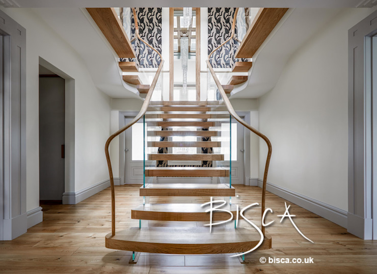 Contemporary Staircase Design 4026 Pasillos, vestíbulos y escaleras modernos de Bisca Staircases Moderno Madera Acabado en madera