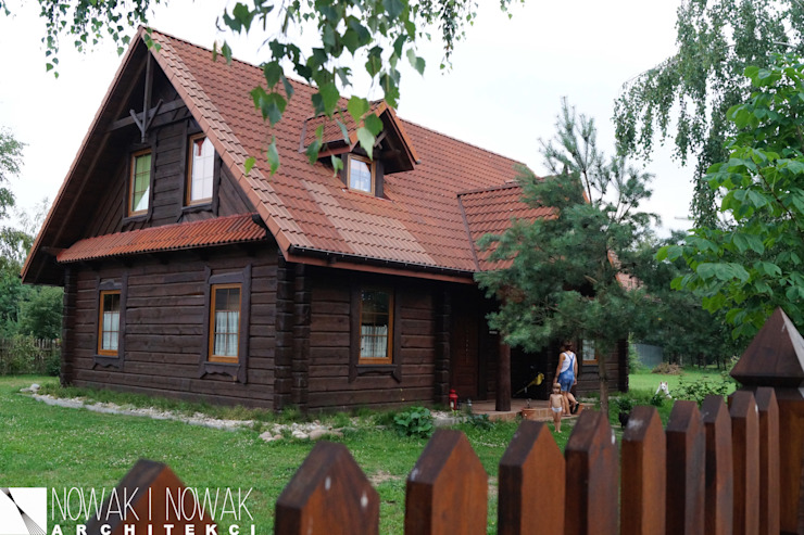 Country style houses by Nowak i Nowak Architekci Country Wood Wood effect