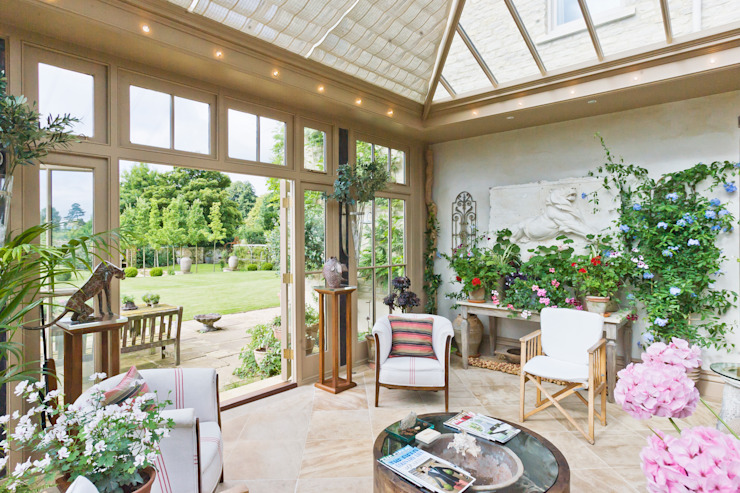Beautiful Garden Room Konservatori Klasik Oleh Vale Garden Houses Klasik Kayu Wood effect