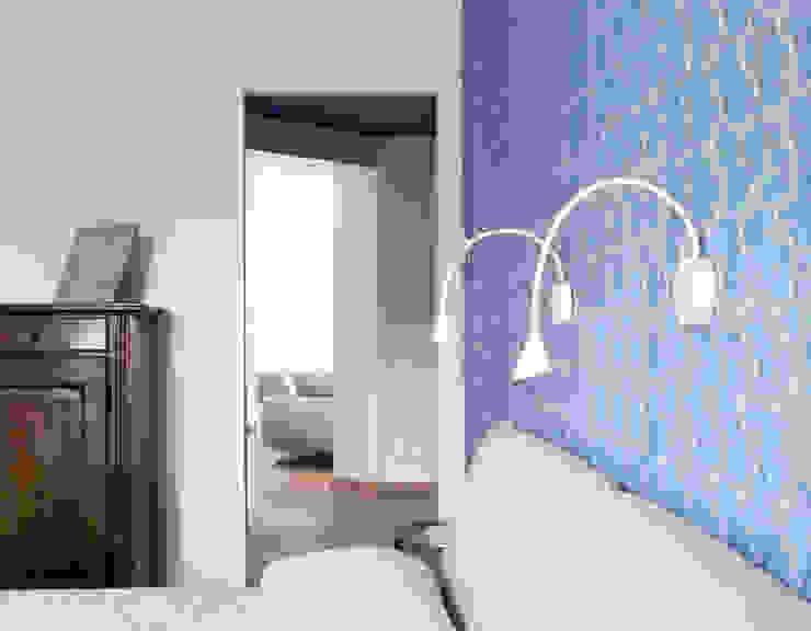 CAMERA PADRONALE Camera da letto moderna di Luigi Brenna Architetto Moderno