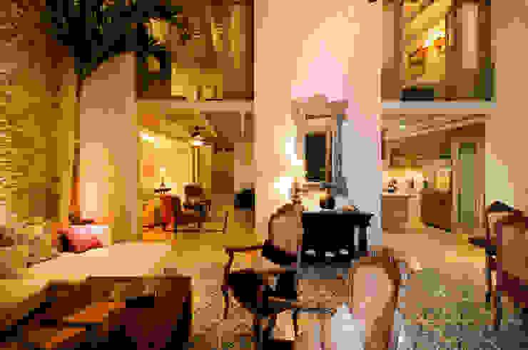 Livings modernos: Ideas, imágenes y decoración de Ancona + Ancona Arquitectos Moderno