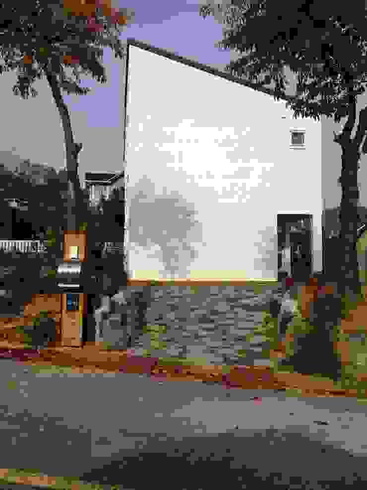 Дома в стиле минимализм от 건축사사무소 리임 Минимализм