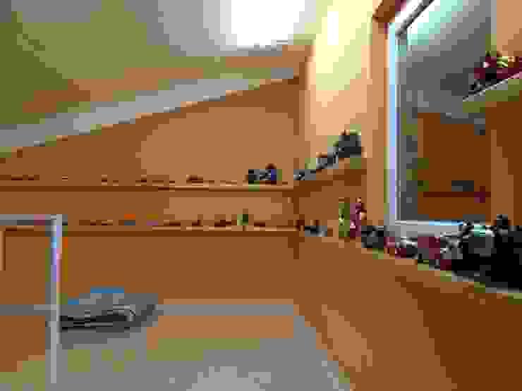 Детская комнатa в стиле минимализм от 건축사사무소 리임 Минимализм