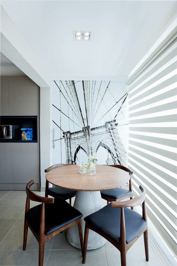 Michelle Machado Arquitetura 餐廳桌子 水泥 Wood effect