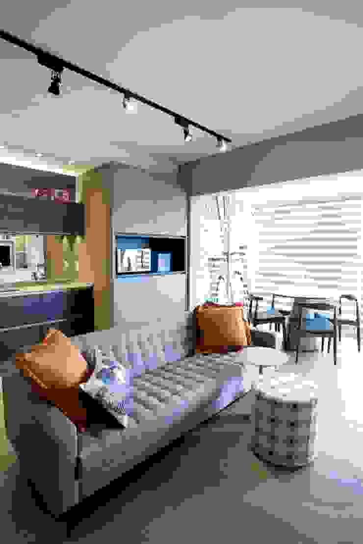 Michelle Machado Arquitetura 客廳沙發與扶手椅 天然纖維 Grey