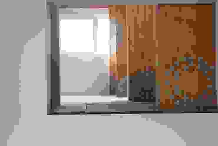 Woning met werkruimte, Homerus kwartier Almere Poort Moderne woonkamers van Architectenbureau Jules Zwijsen Modern