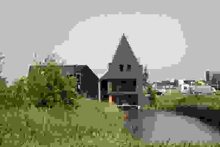 by Architectenbureau Jules Zwijsen Сучасний