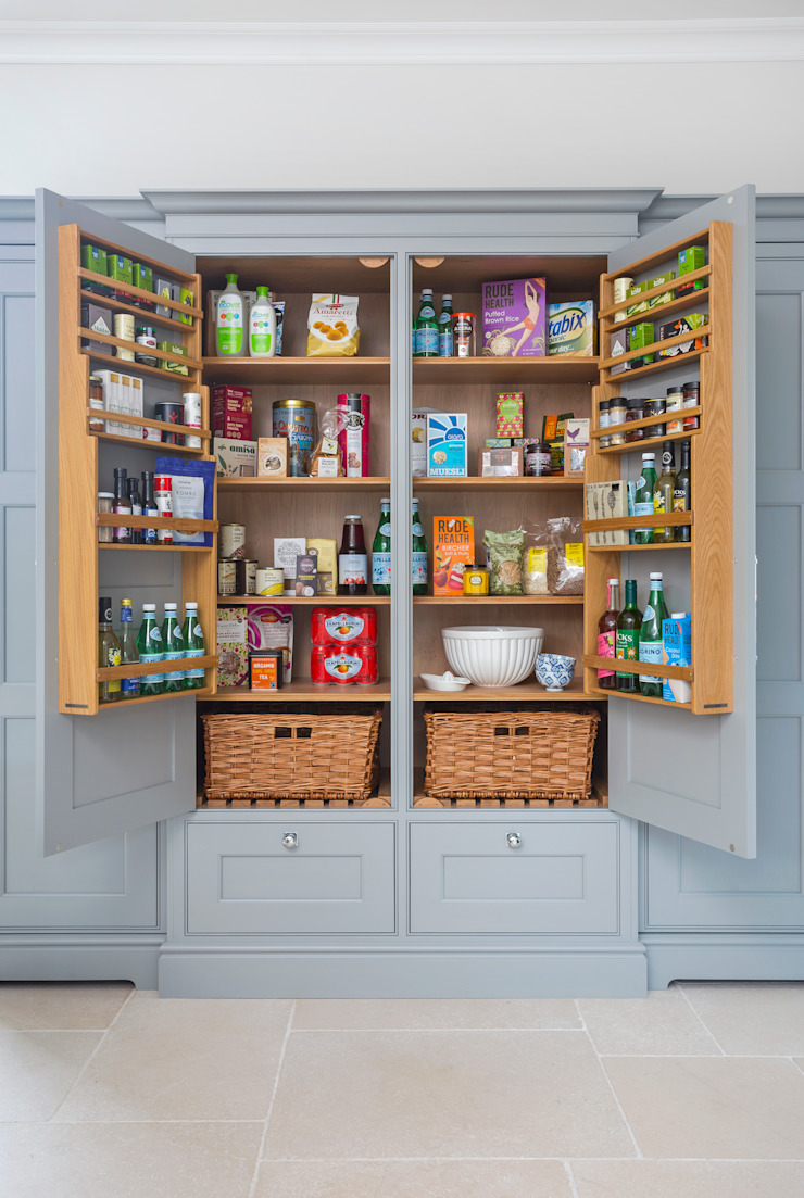 Hampshire Klassische Küchen von Lewis Alderson Klassisch