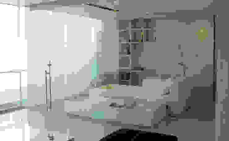 Estudio Estudios y despachos modernos de Arquitectos M253 Moderno