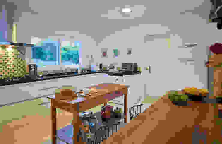 Cozinha Cozinhas campestres por IDALIA DAUDT Arquitetura e Design de Interiores Campestre