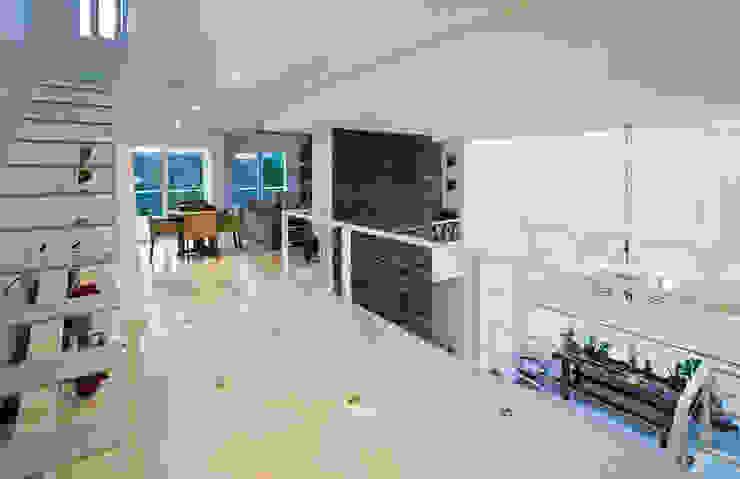 Hall dos Quartos Corredores, halls e escadas campestres por IDALIA DAUDT Arquitetura e Design de Interiores Campestre