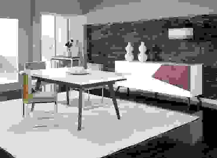 Mobiliário de sala de jantar Dining room furniture www.intense-mobiliario.com ESSITAM por Intense mobiliário e interiores; Moderno