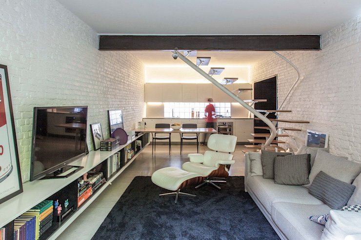 Modern Living Room by ivan ventura arquitetura Modern Bricks