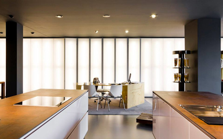 Showroom DL COZINHAS Escritórios modernos por Atelier fernando alves arquitecto l.da Moderno
