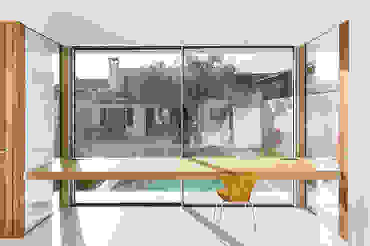 Escritórios e Espaços de trabalho  por Joan Miquel Segui Arquitecte,