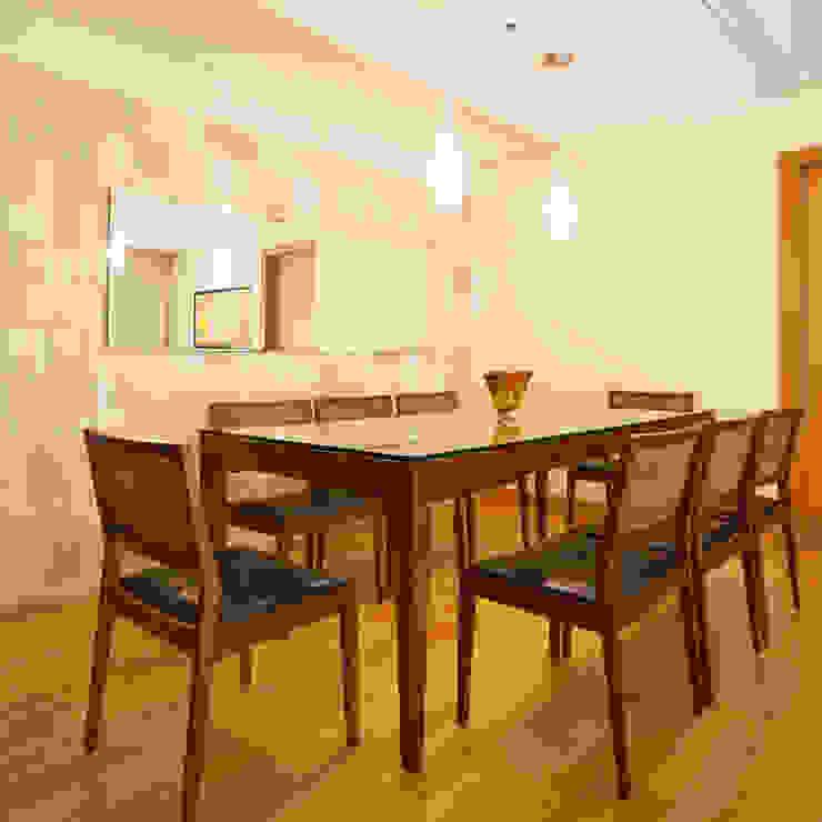Sala de Jantar Enzo Sobocinski Arquitetura & Interiores Salas de jantar modernas Madeira Bege