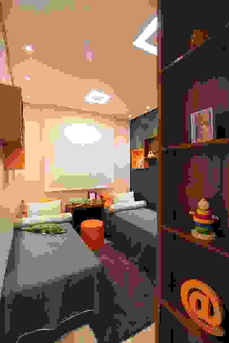 モダンデザインの 子供部屋 の Pricila Dalzochio Arquitetura e Interiores モダン