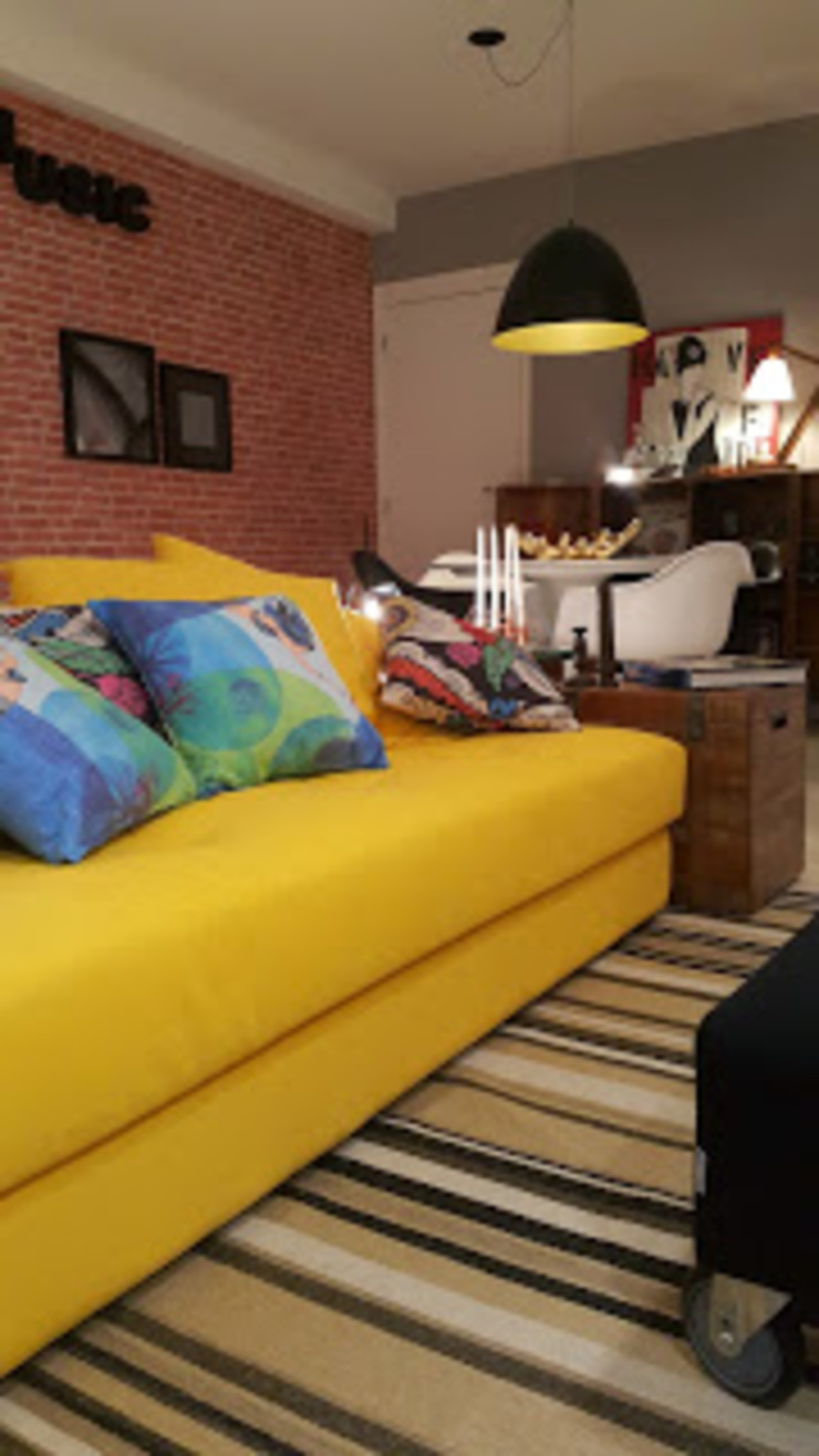 Tropical style living room by Lucio Nocito Arquitetura e Design de Interiores Tropical Engineered Wood Transparent