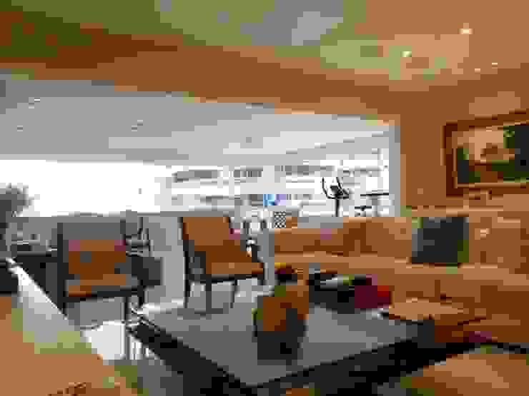 Minimalist living room by Lucio Nocito Arquitetura e Design de Interiores Minimalist Ceramic