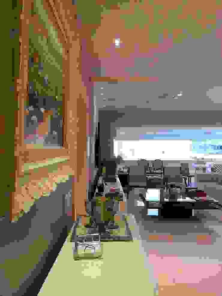 Mediterranean style living room by Lucio Nocito Arquitetura e Design de Interiores Mediterranean Quartz