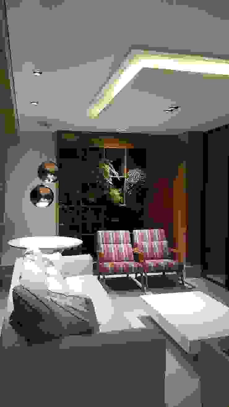 Rustic style balcony, veranda & terrace by Lucio Nocito Arquitetura e Design de Interiores Rustic Engineered Wood Transparent