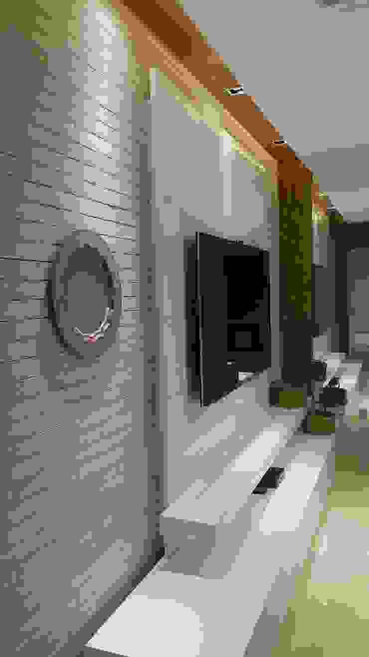 Modern media room by Lucio Nocito Arquitetura e Design de Interiores Modern Engineered Wood Transparent