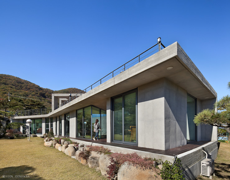 Y-HOUSE 아시아스타일 정원 by ON ARCHITECTURE INC. 한옥