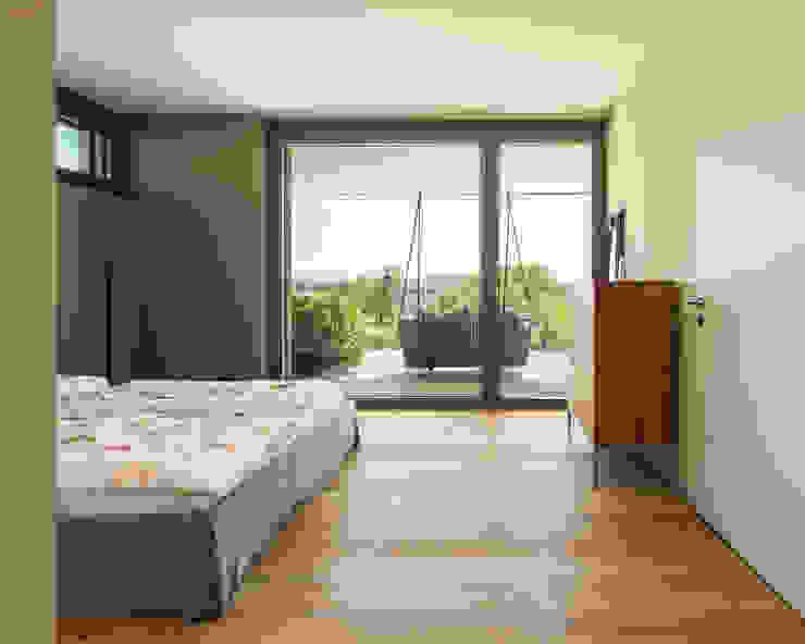 Moderne slaapkamers van meier architekten zürich Modern