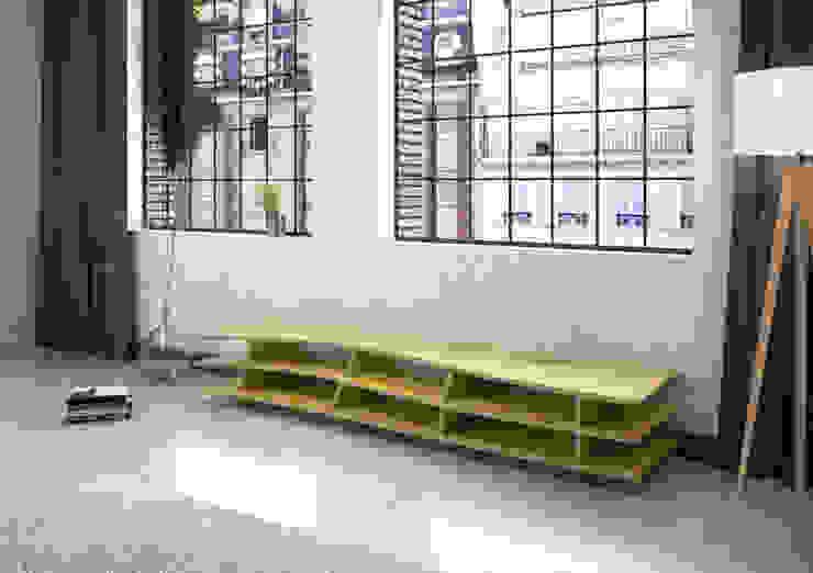 TV-Lowboard Trielle: modern  von form.bar,Modern Holzwerkstoff Transparent
