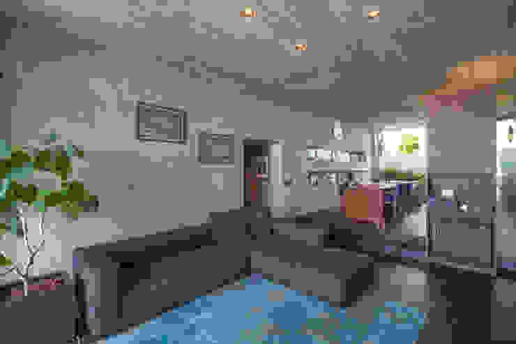 リビング オリジナルデザインの リビング の 株式会社クレールアーキラボ オリジナル コンクリート