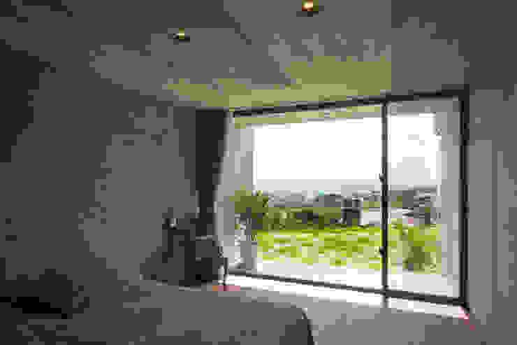 寝室 オリジナルスタイルの 寝室 の 株式会社クレールアーキラボ オリジナル コンクリート