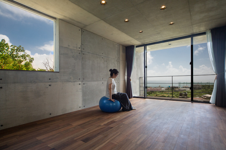 フリースペース オリジナルデザインの 多目的室 の 株式会社クレールアーキラボ オリジナル コンクリート