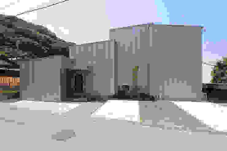 Rumah by 環境建築計画