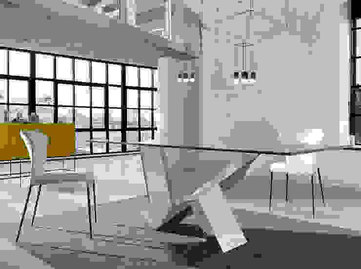 Modern dining room by Intense mobiliário e interiores; Modern