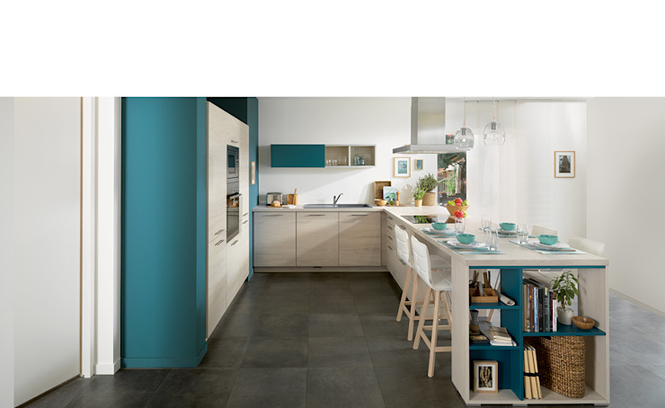Ideal kitchen for family of 4 Modern kitchen by Schmidt Kitchens Barnet Modern Chipboard
