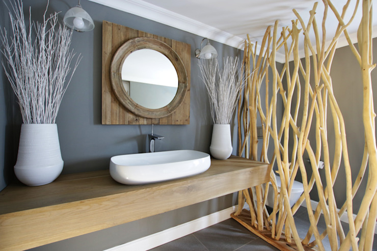 Bathroom by JSD Interiors, Rustic Wood Wood effect