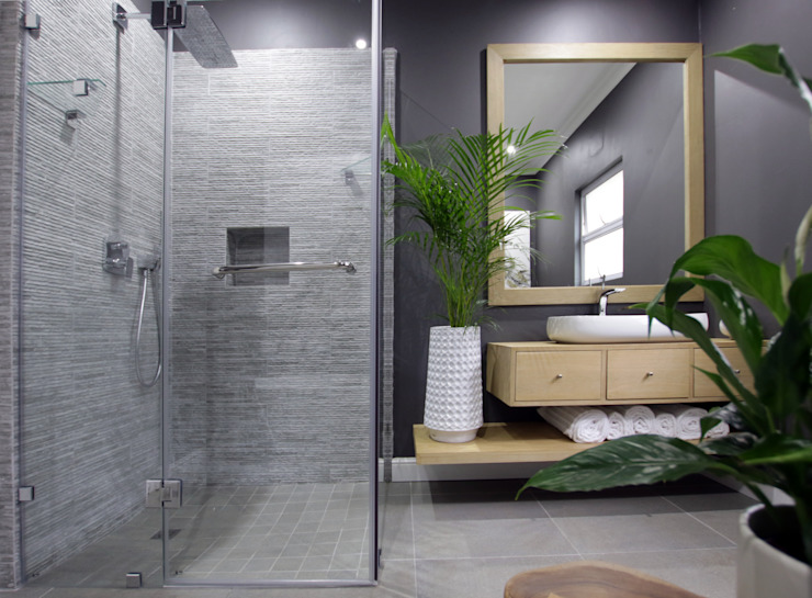 JSD Interiors Eclectic style bathroom Wood Grey