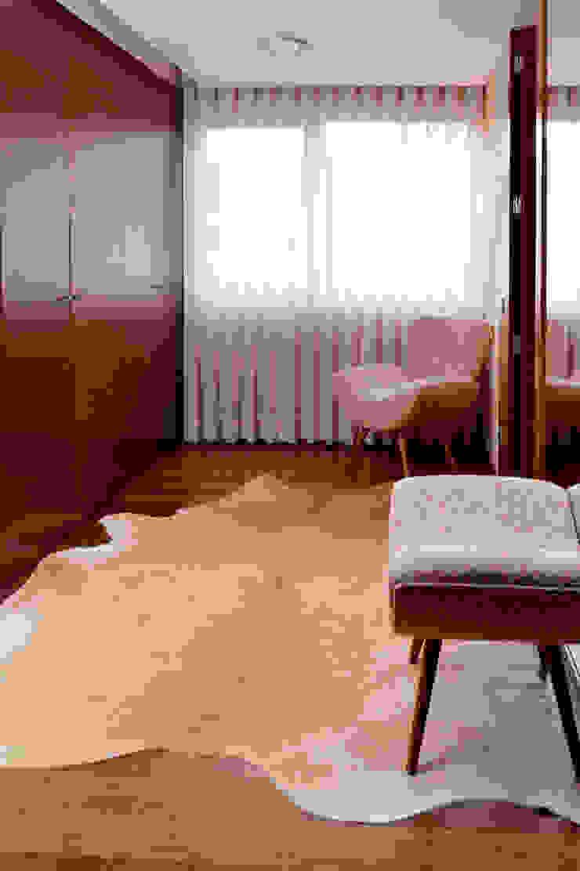 Closet - Casa das Artes by Musa Dècor Closets modernos por Musa Décor Moderno