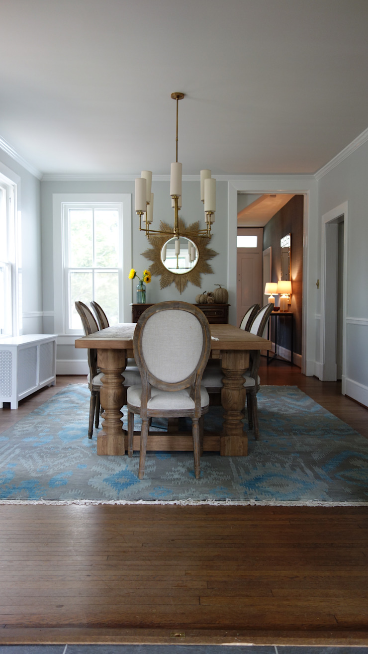 Dining Room: eclectic  by Nest Interior Decor, Eclectic