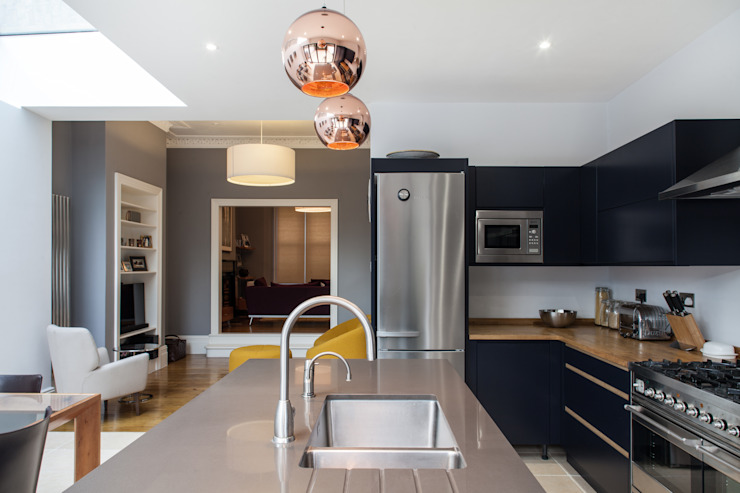 CALABRIA ROAD Nic Antony Architects Ltd Modern style kitchen