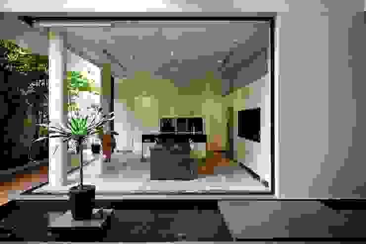 現代廚房設計點子、靈感&圖片 根據 Sen's Photographyたてもの写真工房すえひろ 現代風